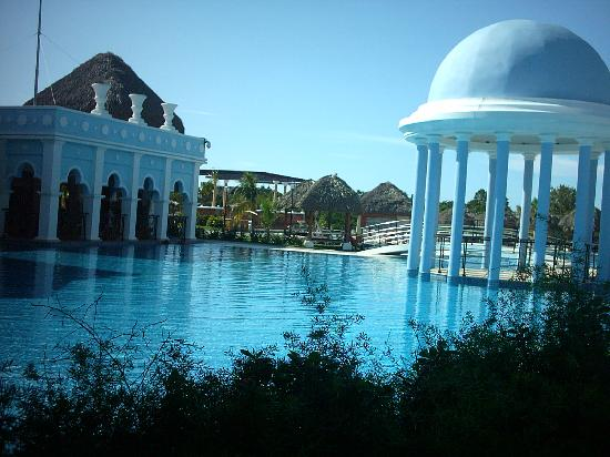 Iberostar Varadero: Deep pool where they hold practice scuba sessions