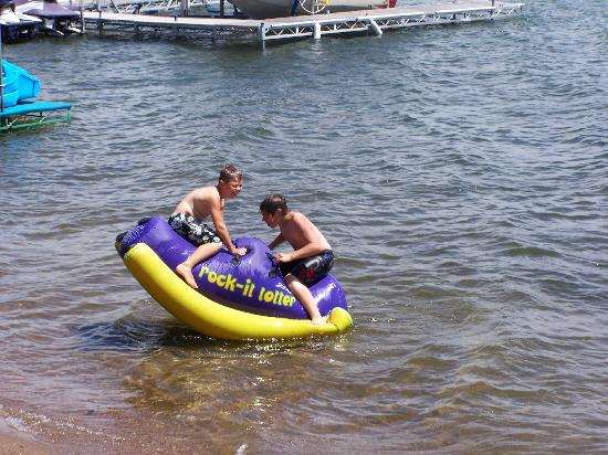 The Lodge on Otter Tail Lake: Water toys were Great