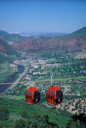 Glenwood Springs, Κολοράντο: Iron Mountain Tramway at Glenwood Caverns Adventure Park