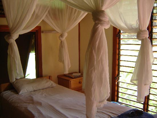 Mango Bay Resort Fiji: My dorm bed