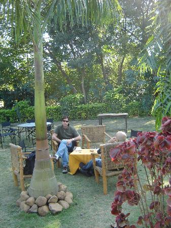 Tala, India: Hotel graden
