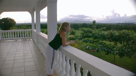 The Hummingbird Inn Belize : Enjoying the spectacular views from our room at Hummingbird Inn