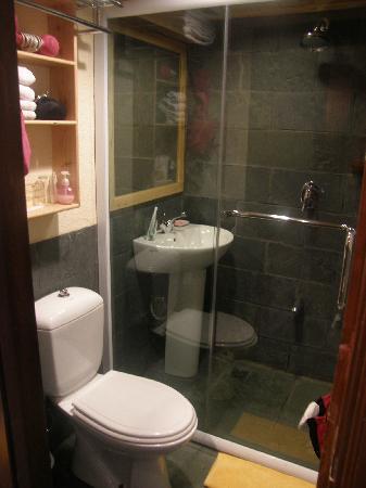 Songtsam Shangri-la (Lugu) Hotel: Bathroom