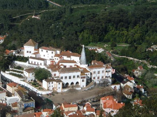 Hotel Real Palacio : Sintra from Moorish castle