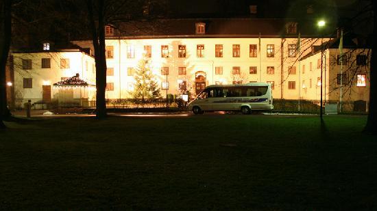 Vadstena Klosterhotel: Restaurant from the outside