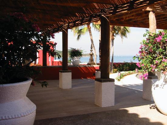 Club Med Ixtapa Pacific: just perfect entrance