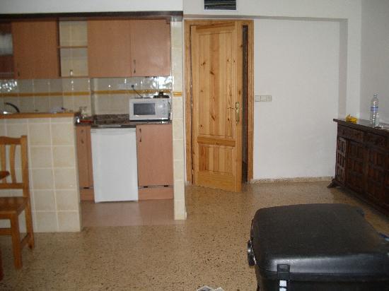 Apartamentos Poniente Playa: our room