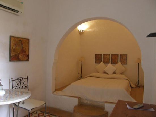 Dar Dhiafa: room