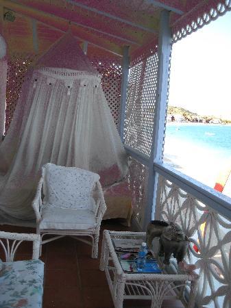 La California: The bed on the balcony