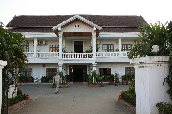 Haysoke Hotel: Front