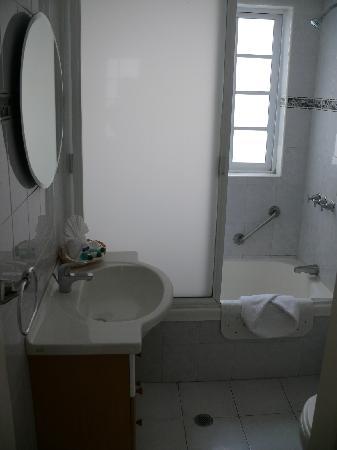 Hotel Suites Reforma 374 : Bathroom, Standard suite