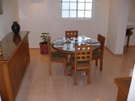 Hotel Suites Reforma 374 : Dinning room, Tipo 2 suite