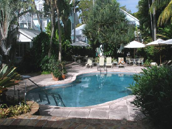 Marquesa Hotel: Pool 1