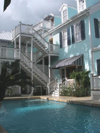 Marquesa Hotel: Pool 2