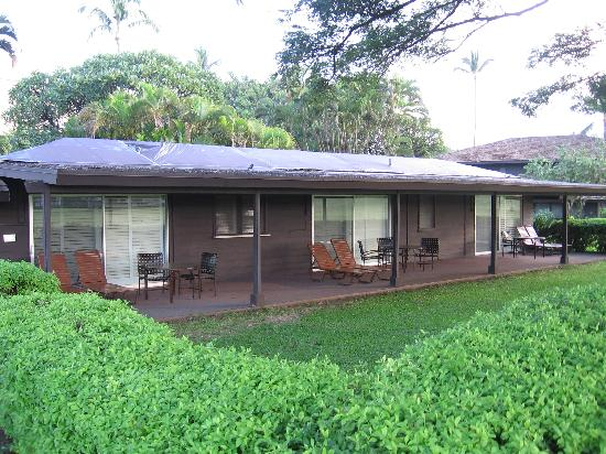 cottage patio picture of royal lahaina resort lahaina tripadvisor rh tripadvisor com royal lahaina cottages pictures royal lahaina cottage f
