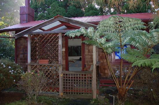 Hale Ohia Cottages: The Lehua Cottage