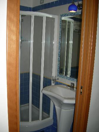 Hotel Potenza : bathroom 1
