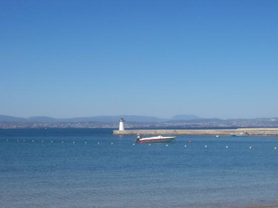 Eretria, Yunani: View From Beach