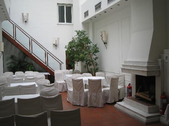 Democritus Hotel: Meeting room