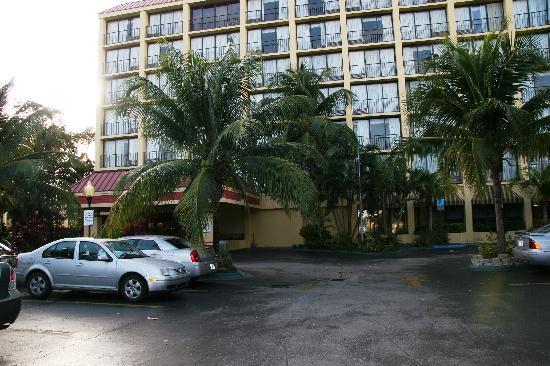 Rodeway Inn Miami: Stationnement