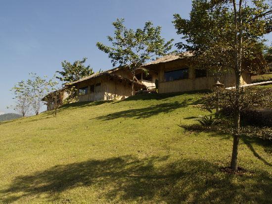 Huai Khum Resort: Blick auf die Häuser