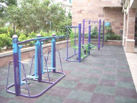 Lanhai Garden Condotel: gym