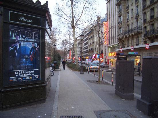 Hotel Saint Pierre: Close to Odeon Metro