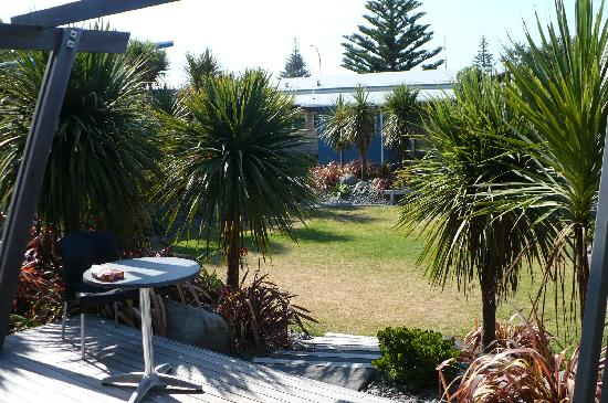 Papamoa Beach Resort: View from our motel