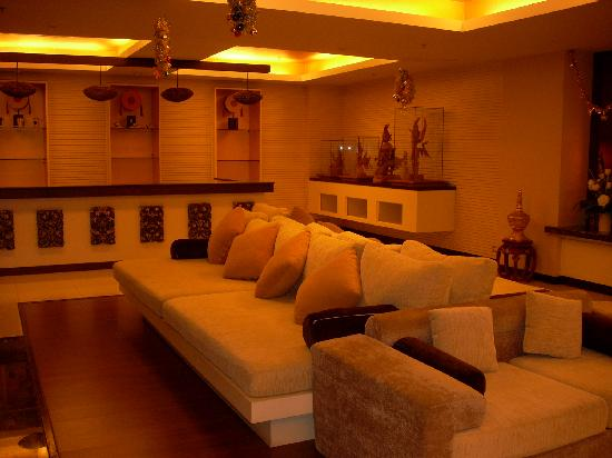 Maninarakorn Hotel: Reception