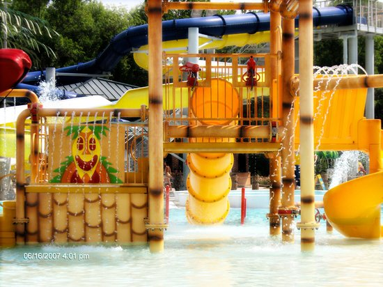 Plainfield, IN:                                     Splash Island