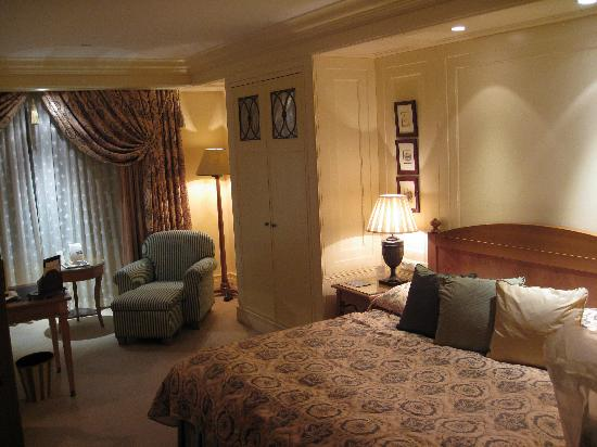 Hotel Kamp: General view of room