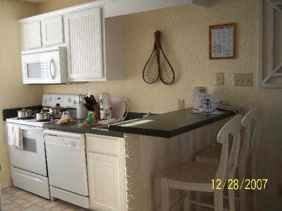 Holiday Inn Club Vacations Galveston Seaside Resort: kitchen