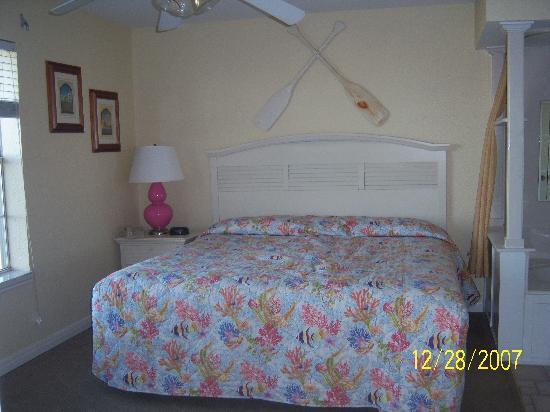 Holiday Inn Club Vacations Galveston Seaside Resort: master bedroom