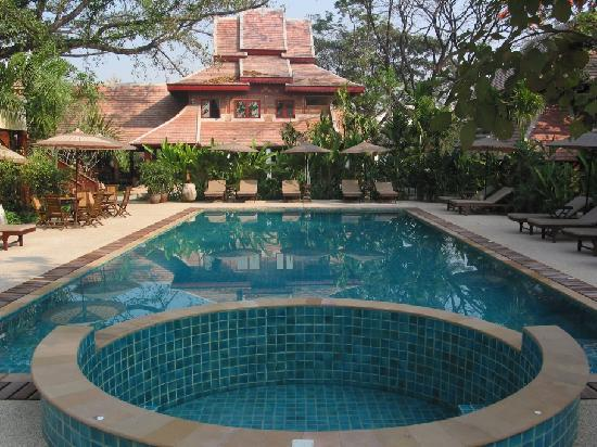 Yaang Come Village Pool Spa