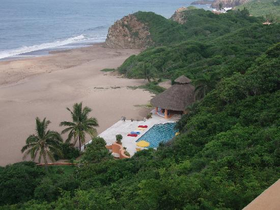Cuixmala: View of the pool