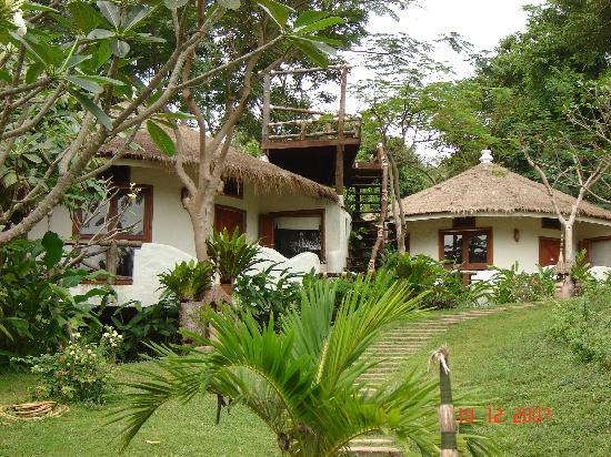 Koh Tao Cabana: Outside of White Sand cabana