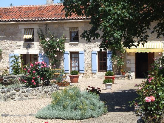 Domaine De Brantome Holiday Rentals : La Roseraie
