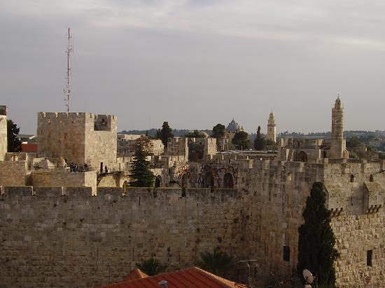 Gloria Hotel: veduta sulla cittadella di David dalla finestra della stanza