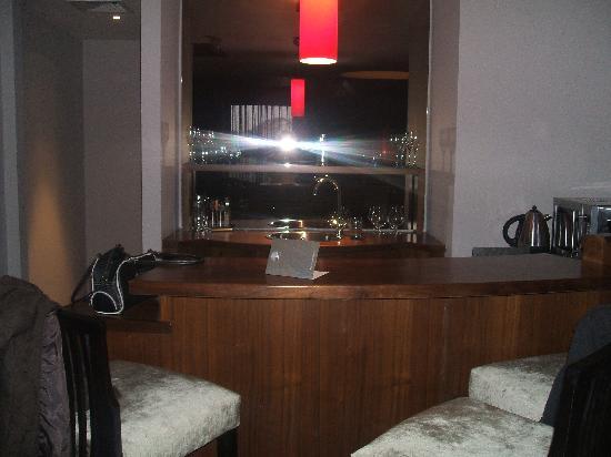 The Twelve Hotel : The 'Wet Bar'
