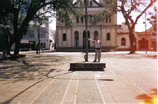 Arjantin: en la plaza central de Misiones