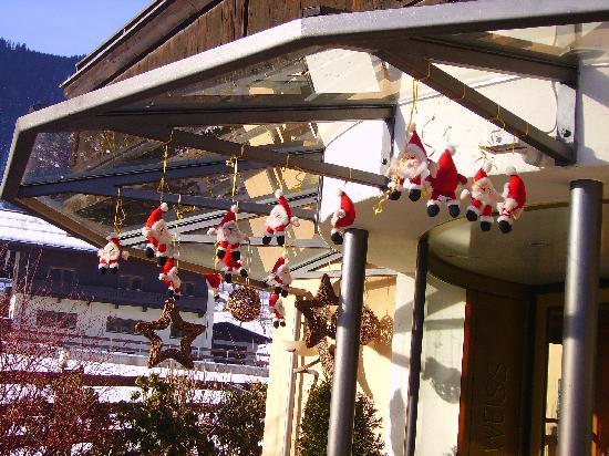 Hotel Edelweiss: Hotel entrance