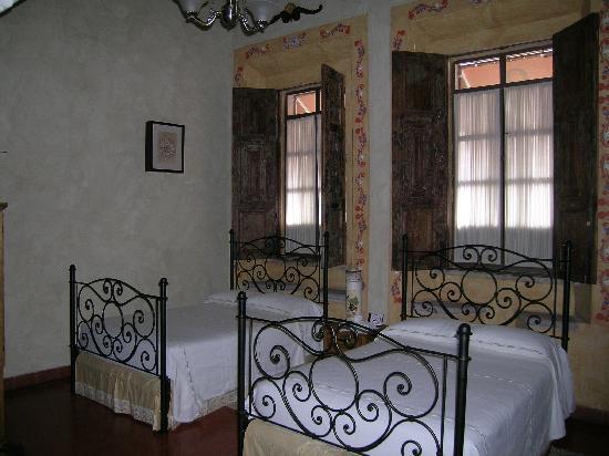 Casa de Los Dulces Suenos: My room.