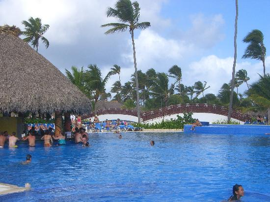 piscine photo de grand bahia principe bavaro punta cana tripadvisor. Black Bedroom Furniture Sets. Home Design Ideas