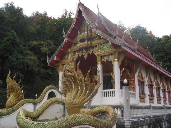 Tham Meuang On - Wat