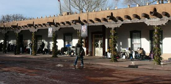 New Mexico History Museum : Front of Palace of Governors