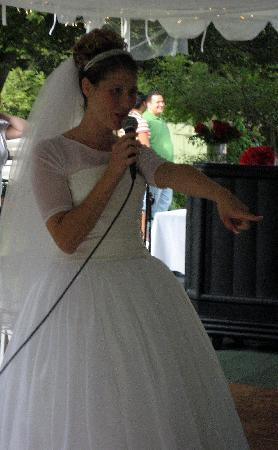 Glen Iris Inn: Me singing to my husband