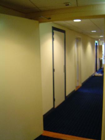 NH Amsterdam Noord: many doors from room