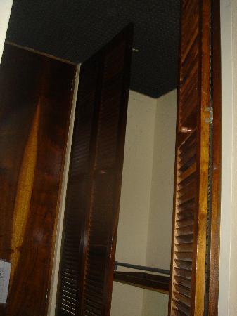 Hotel Villa del Sol: closet