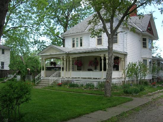 Green Oaks B&B : Just as pretty on the inside too!