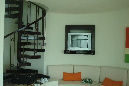 Camino Real Manzanillo: Upstairs to 2 of the 3 bedrooms
